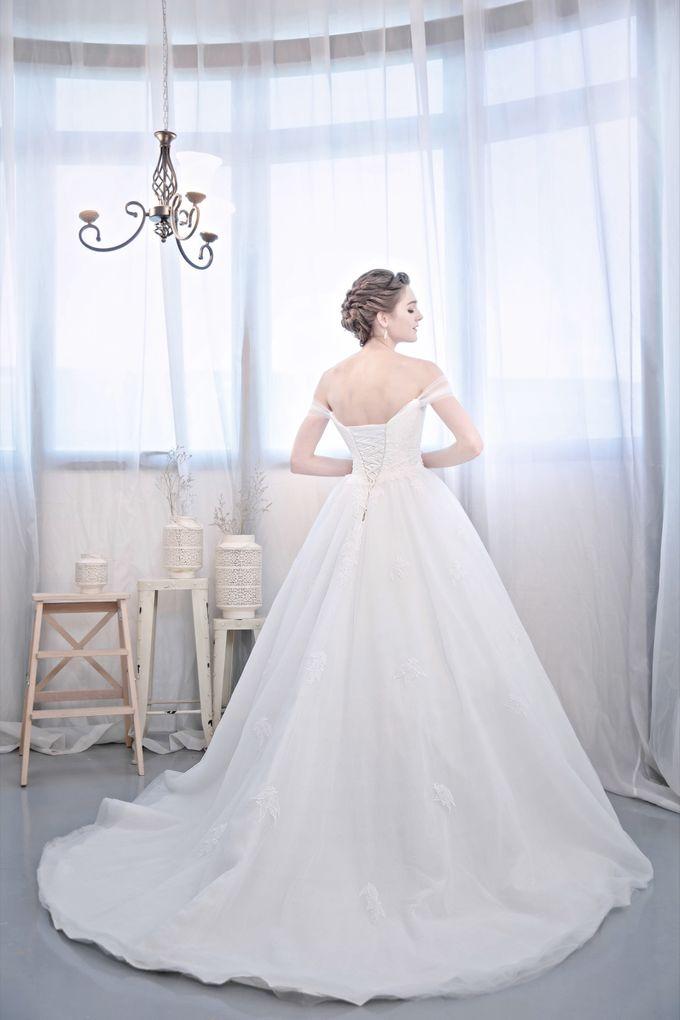 Signature Bridal Gown Range - Romantique by La Belle Couture Weddings Pte Ltd - 007