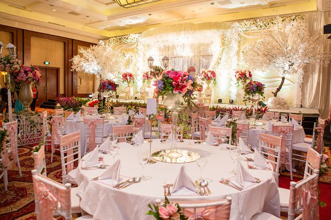 The Wedding of Angga & Wei -JW Marriot- by The Swan Decoration - 032