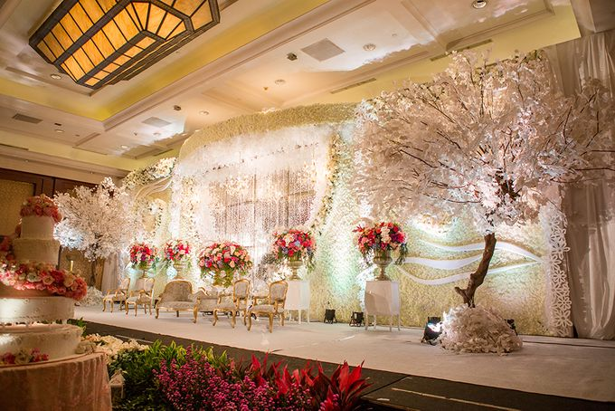 The Wedding of Angga & Wei -JW Marriot- by The Swan Decoration - 034
