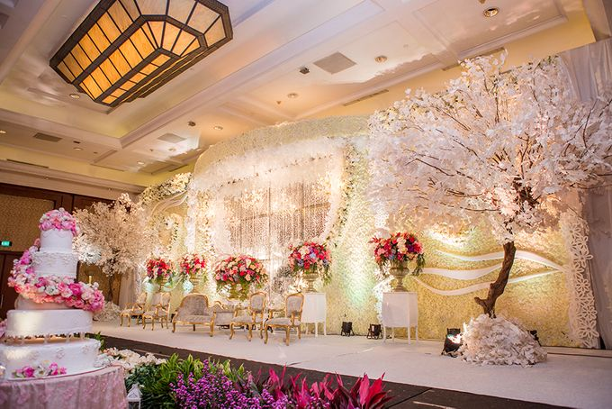 The Wedding of Angga & Wei -JW Marriot- by The Swan Decoration - 035