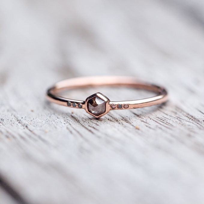 Alternative engagement rings by Gardens of the Sun - 002