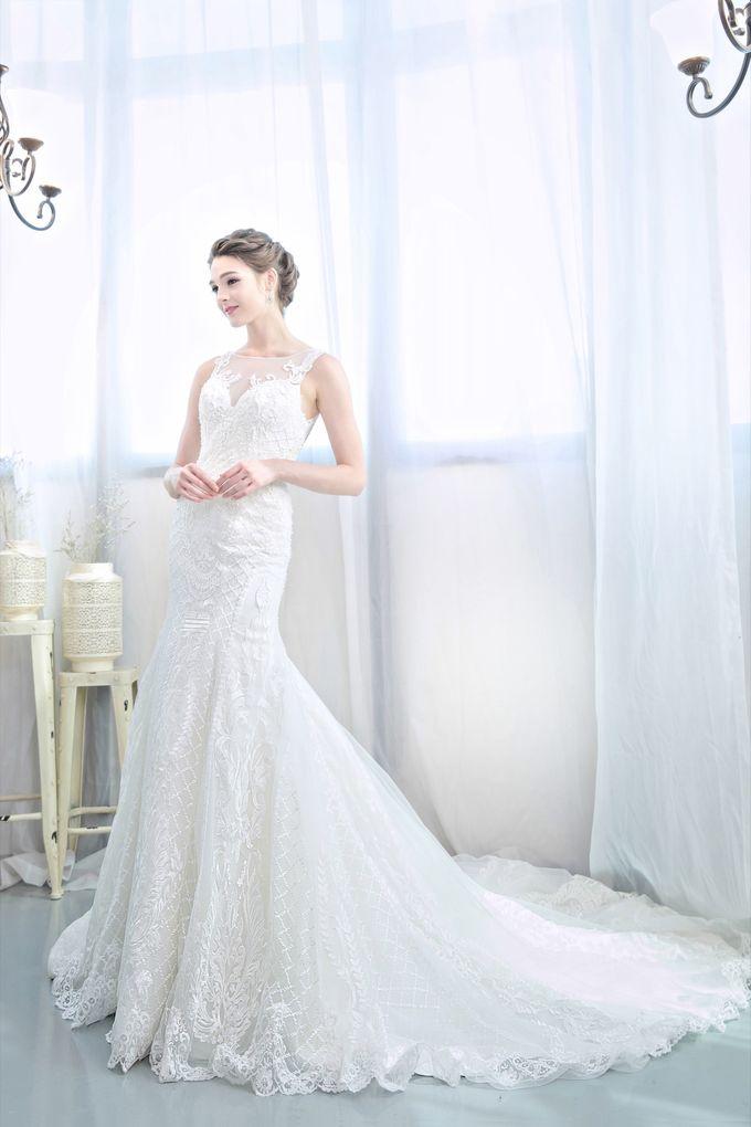 Signature Bridal Gown Range - Romantique by La Belle Couture Weddings Pte Ltd - 008