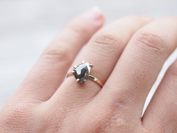 Alternative engagement rings by Gardens of the Sun - 004