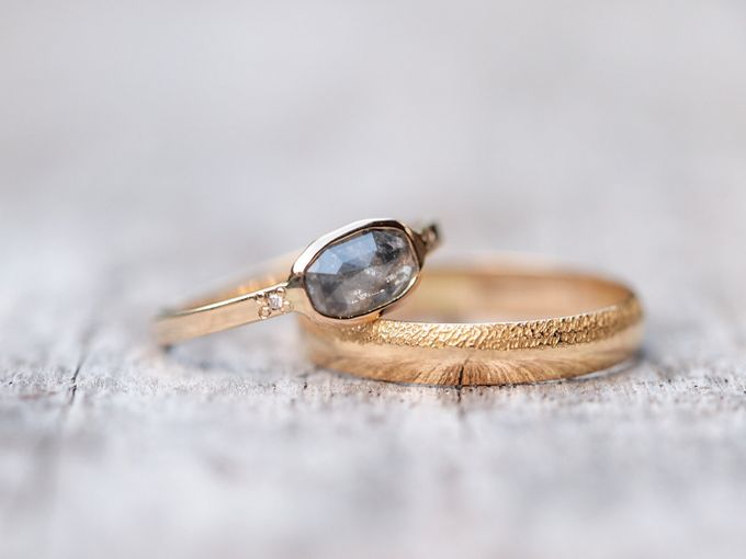 Alternative engagement rings by Gardens of the Sun - 008