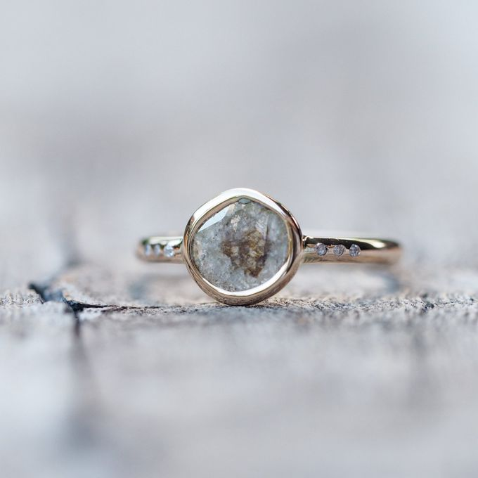 Alternative engagement rings by Gardens of the Sun - 009