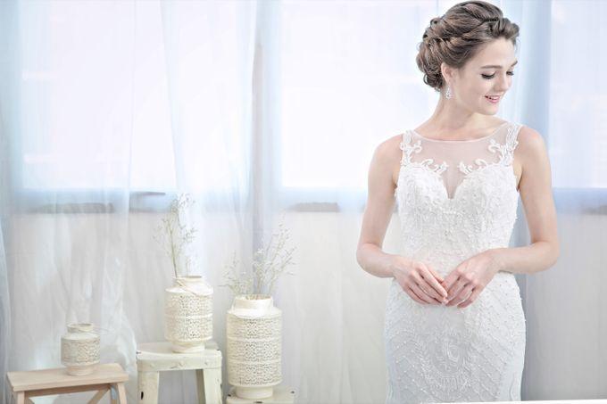 Signature Bridal Gown Range - Romantique by La Belle Couture Weddings Pte Ltd - 009