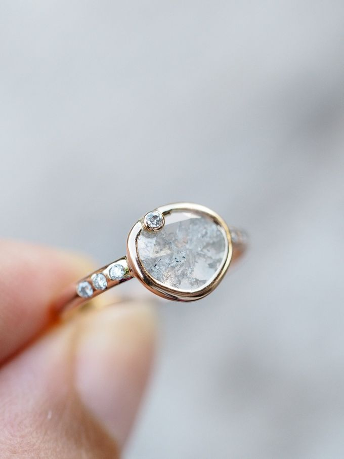 Alternative engagement rings by Gardens of the Sun - 006