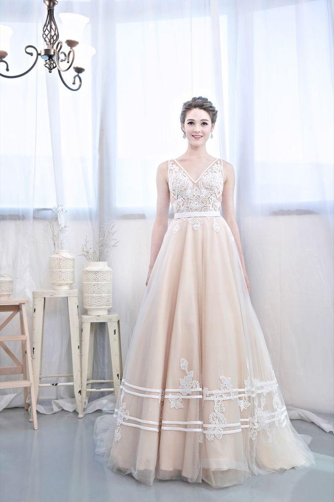 Signature Bridal Gown Range - Romantique by La Belle Couture Weddings Pte Ltd - 011