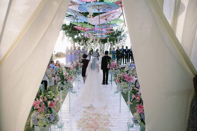Elina & Erick / Balesin Wedding by Verse Studios - 038