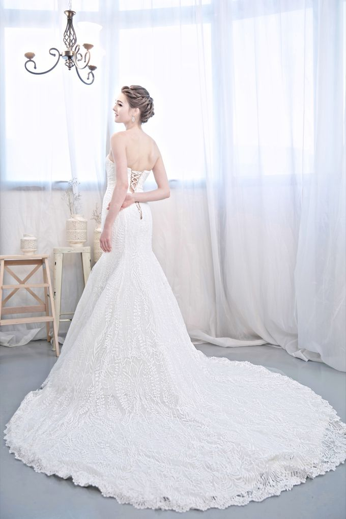 Signature Bridal Gown Range - Romantique by La Belle Couture Weddings Pte Ltd - 015