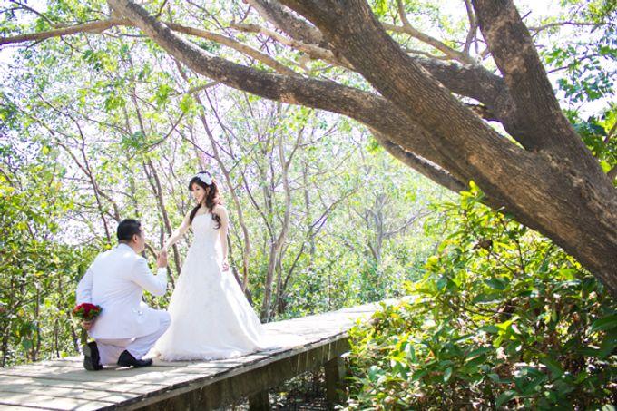 Prewedding of Jeffry & Yurike by CS Photography - 002