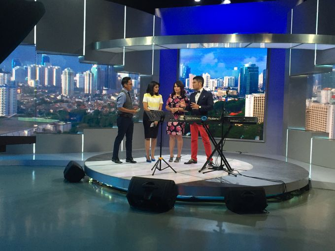 Kompas TV Interview and Performance by ShiLi & Adi - 007