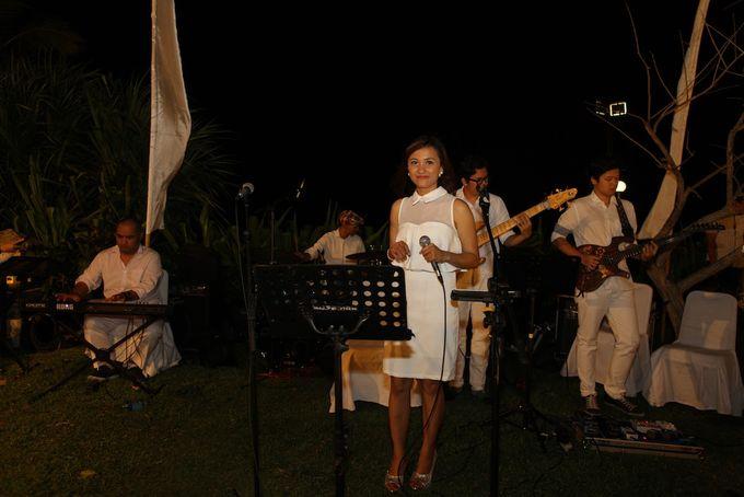 THE STAR BAND at TARA & MARSHEL Wedding by BALI LIVE ENTERTAINMENT - 006