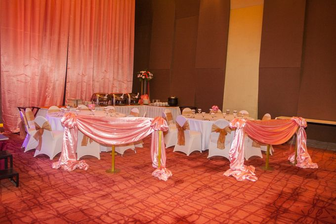 Modern-romantic wedding decoration by Menara Top Food Alam Sutera - 003