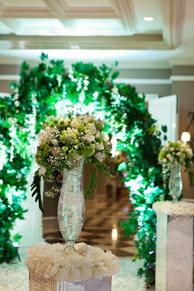 The Wedding of Randy & Maya by The Swan Decoration - 014