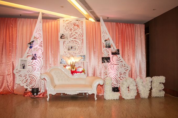 Modern-romantic wedding decoration by Menara Top Food Alam Sutera - 007