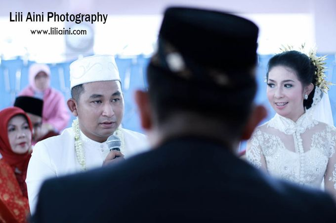 Anjung & Adhetiya Wedding by Lili Aini Photography - 005