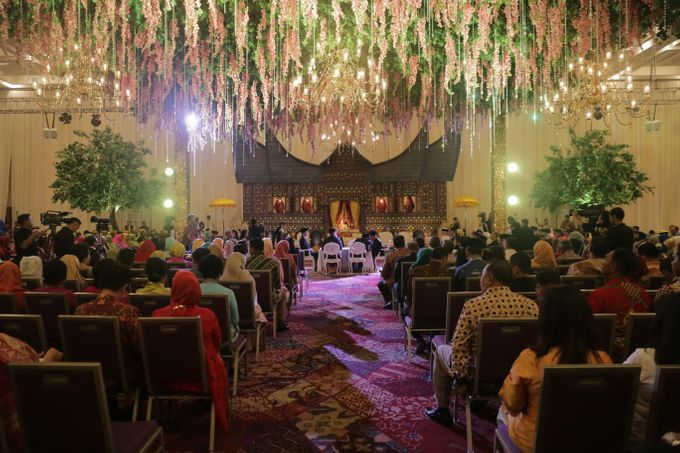 Wedding at ice bsd by indonesia convention exhibition ice add to board wedding at ice bsd by suryanto decoration 003 junglespirit Gallery