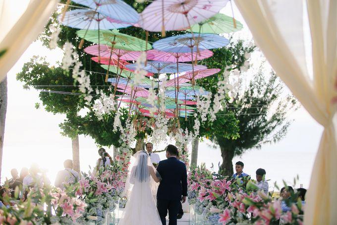 Elina & Erick / Balesin Wedding by Verse Studios - 039