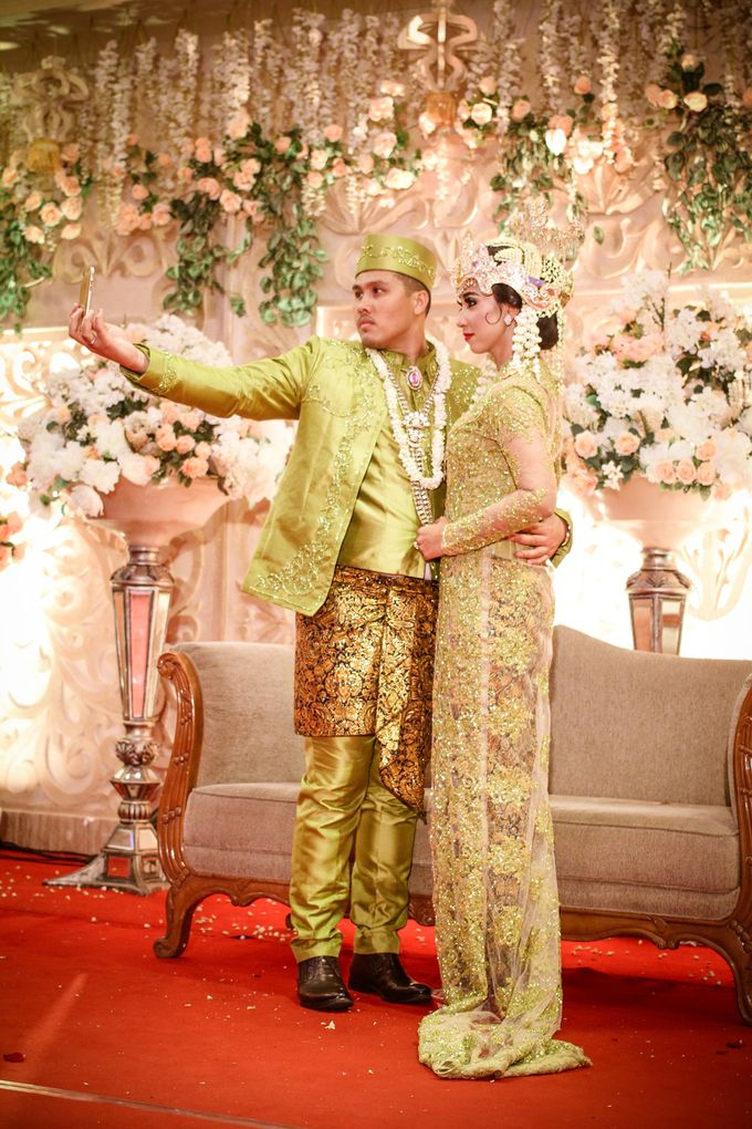 wedding kartika-adel by behind the scenes photography - 008