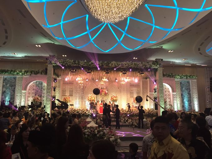 Makassar Grand Wedding of Arif and Ivana at Upper Hills by ShiLi & Adi - 002