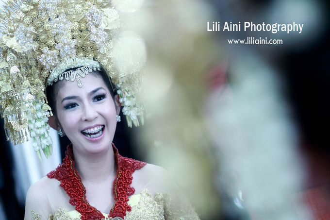 Anjung & Adhetiya Wedding by Lili Aini Photography - 009