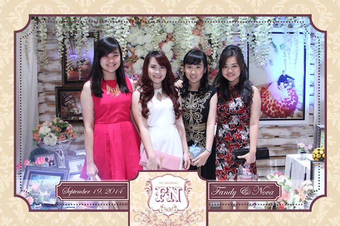 The Wedding of Fandy & Nova by After 5 Photobooth - 007