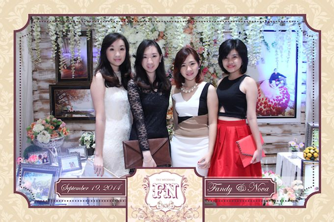 The Wedding of Fandy & Nova by After 5 Photobooth - 008