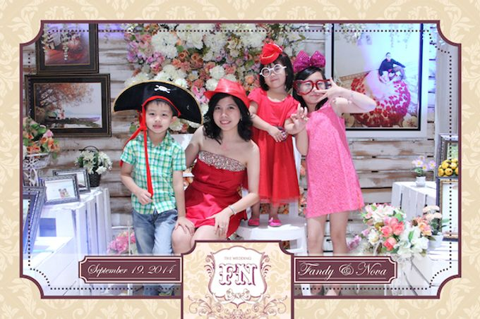 The Wedding of Fandy & Nova by After 5 Photobooth - 009