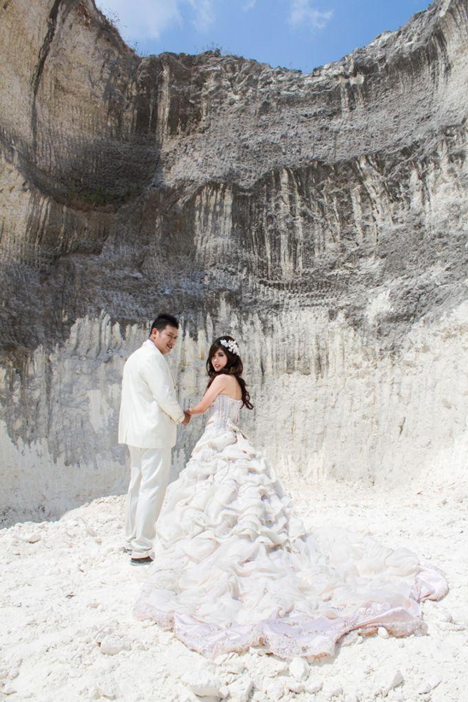 Prewedding of Jeffry & Yurike by CS Photography - 006