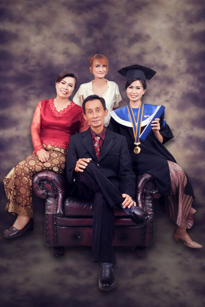 graduation & Family+glamour  Photography by Xin-Ai Bride - 007