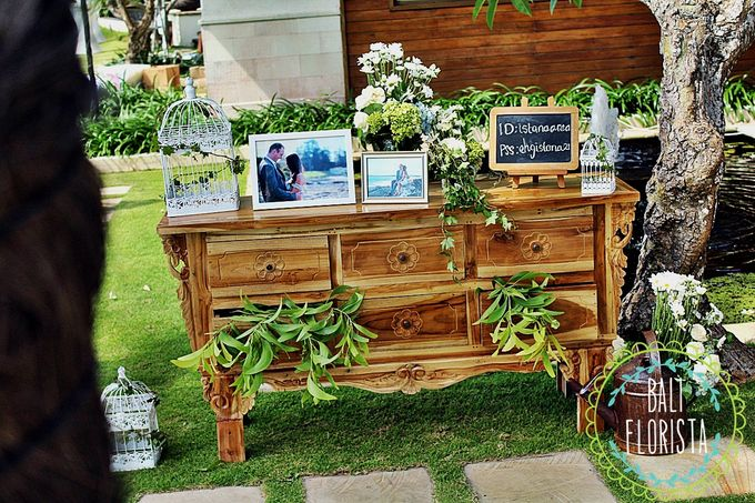 Chic, Natural, Rustic!! by Bali Florista - 010
