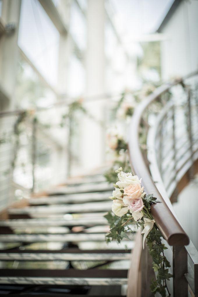 Spectacular Wedding Stairway by Amara Sanctuary Resort Sentosa - 005