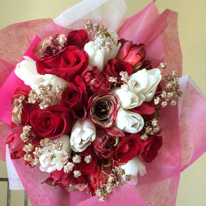 Imported Flowers by Les Fleur Flower Design - 003