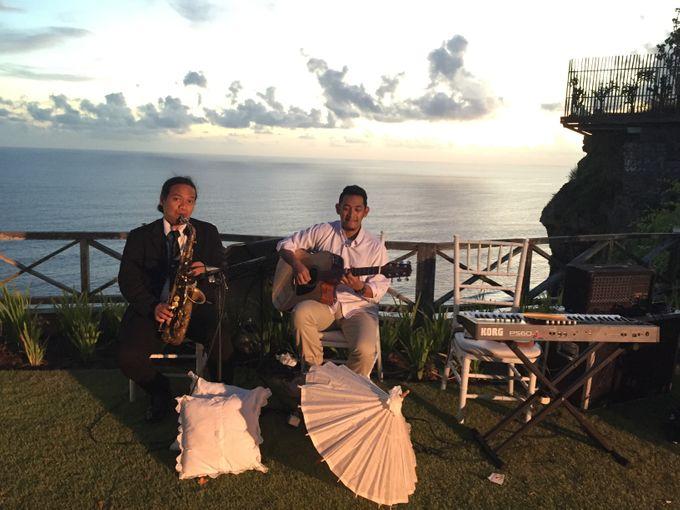 Farel & Shekinah by Archipelagio Music   Bridestory com