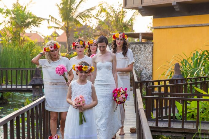 Colorful Day For Jess & Jack by D'studio Photography Bali - 003