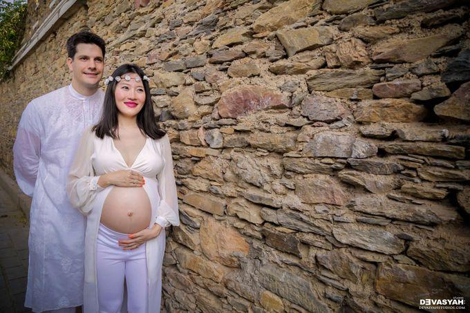 Amy and Tim Maternity shoot by Devasyah: Studios - 007
