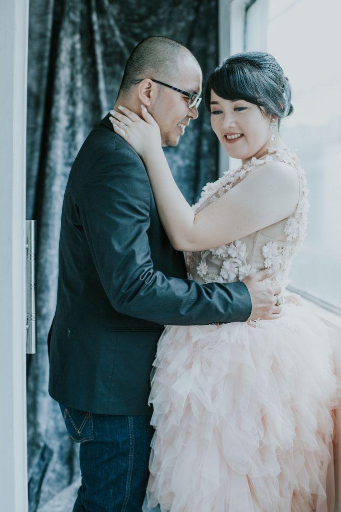 Kris & Suryani prewedding by Artinie - 005