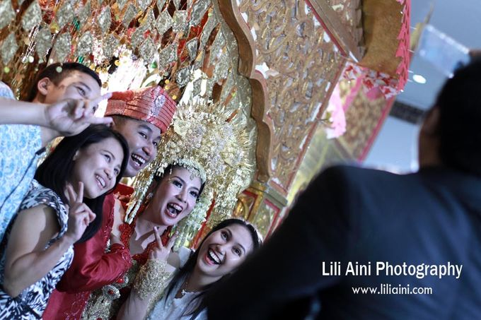 Anjung & Adhetiya Wedding by Lili Aini Photography - 011