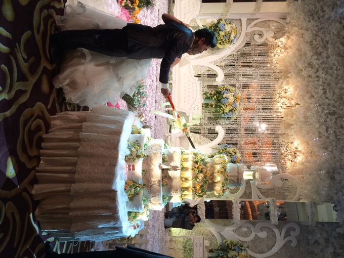 The Wedding Of Willy and Tina by JS Wedding Planner Organizer and Entertainment - 036