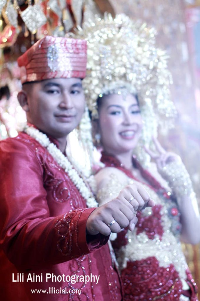 Anjung & Adhetiya Wedding by Lili Aini Photography - 013