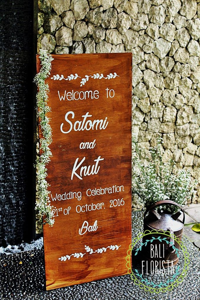 Simple Rustic Romantic by Bali Florista - 003