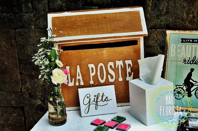 Simple Rustic Romantic by Bali Florista - 010