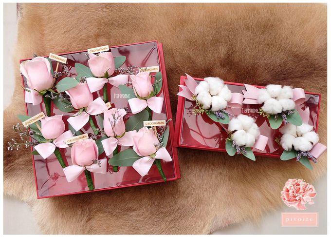 boutonniere by Pivoine Flower Shop - 008