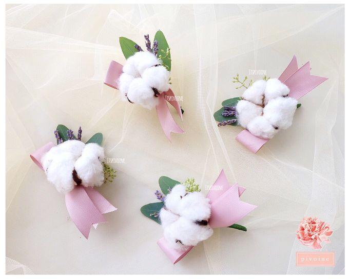 boutonniere by Pivoine Flower Shop - 009