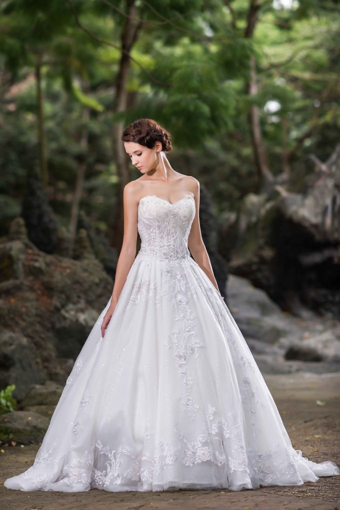 Gown Collection by My Dream Wedding - 049