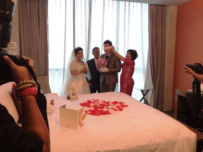 THE WEDDING OF KEN AND MUTI by JS Wedding Planner Organizer and Entertainment - 005