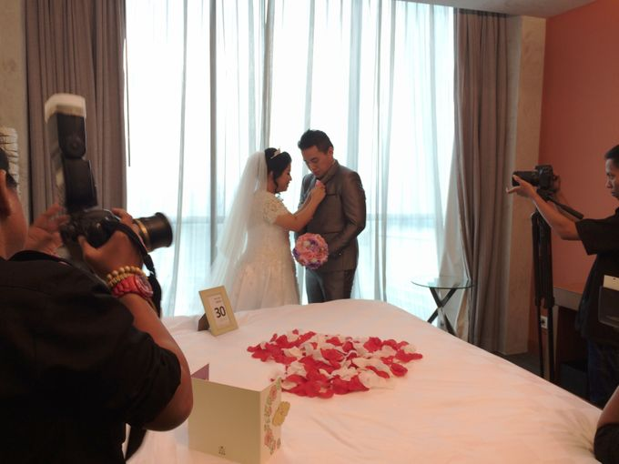THE WEDDING OF KEN AND MUTI by JS Wedding Planner Organizer and Entertainment - 007