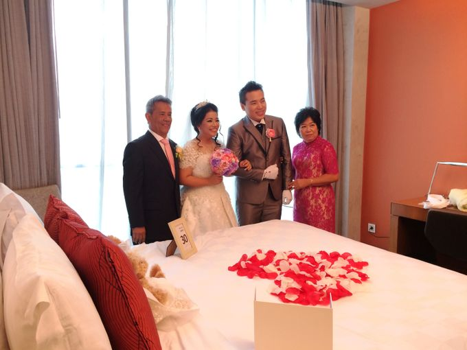 THE WEDDING OF KEN AND MUTI by JS Wedding Planner Organizer and Entertainment - 009