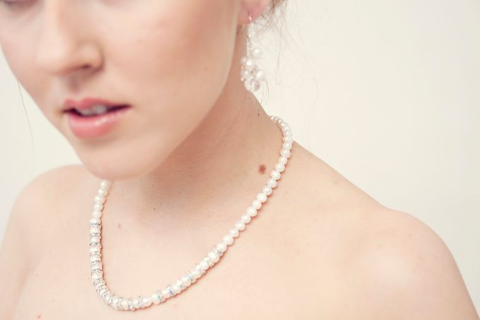 Pearl and crystal jewery for wedding by Weddingbliss - 007